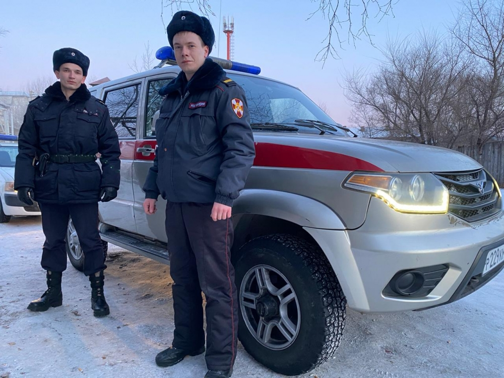 Дмитрий Брусков (слева) с напарником