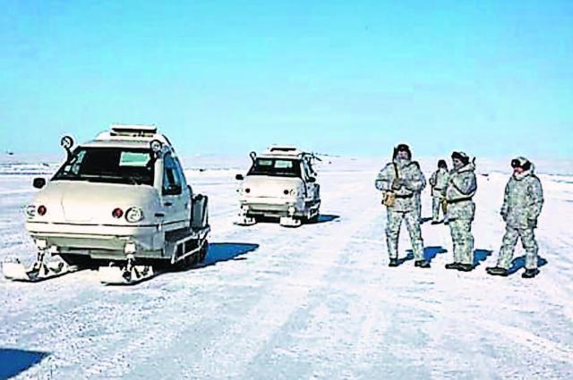 На Котельном такие снегоходы – самое популярное средство передвижения.