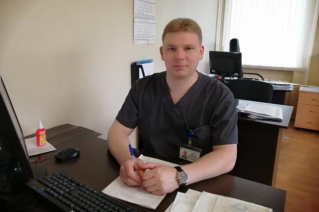 Травматолог Николай Суслов отмечает, что наиболее сложные случаи в работе запоминаются надолго