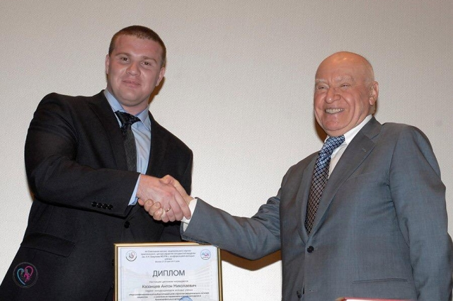 Лео Бокерия - главный кардиохирург России - высоко оценил операцию, проведенную Антоном Казанцевым.