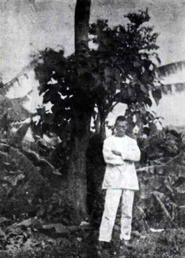 Артюр Рембо в Харэре. 1883 год.