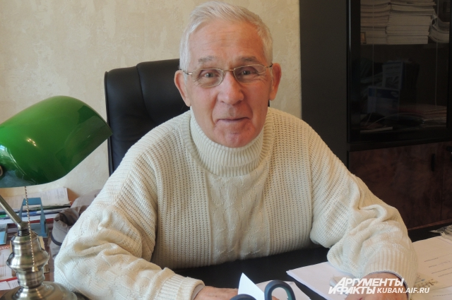 Борис Кацай
