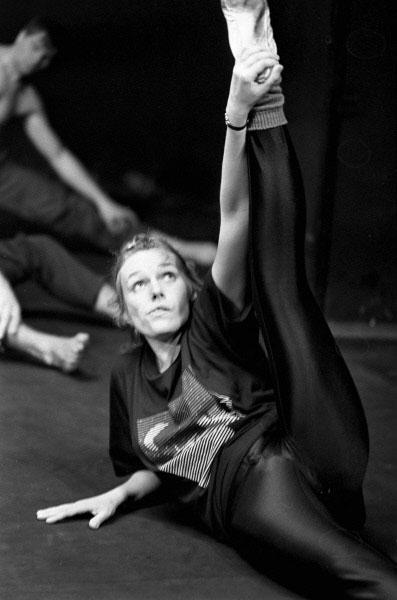 Наталья Андрейченко на репетиции в театре-студии Олега Табакова. 1990 год