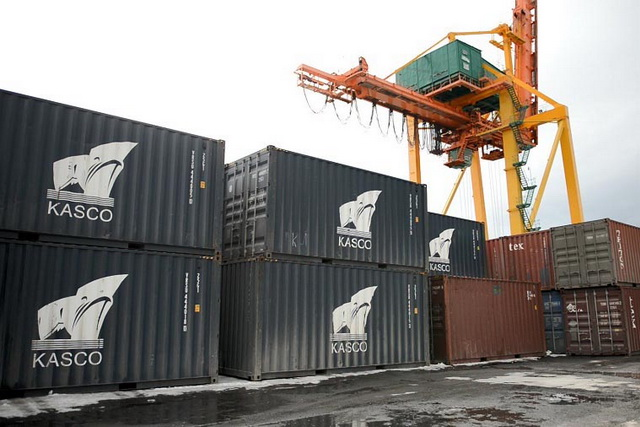 Построена новая площадка для контейнеров.