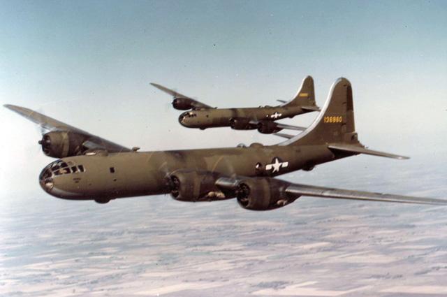 Бомбардировщик Б-29.