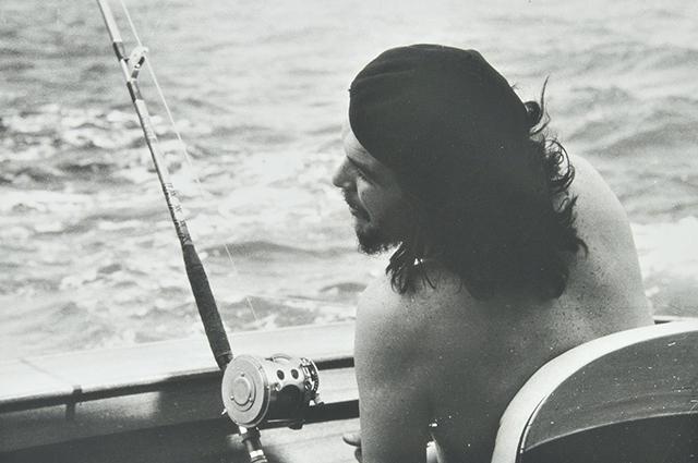 Эрнесто Че Гевара на рыбалке