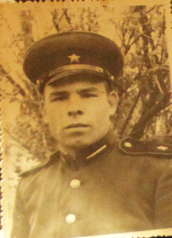 Николай Евдокимов после армии.
