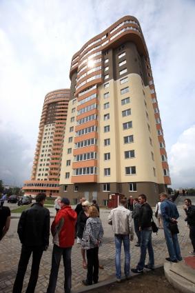 Дольщики дождались квартир в жилом комплексе «Вальдау».