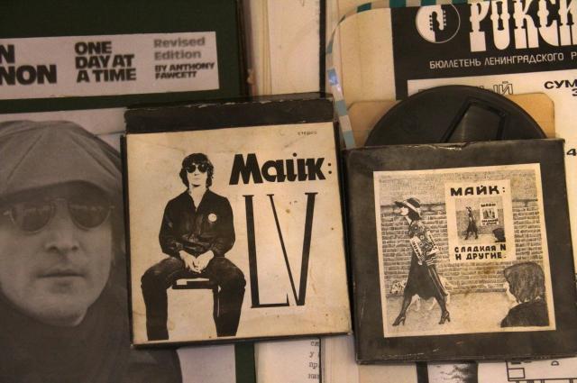Бобинные альбомы Майка 1980-го и 1982-го.