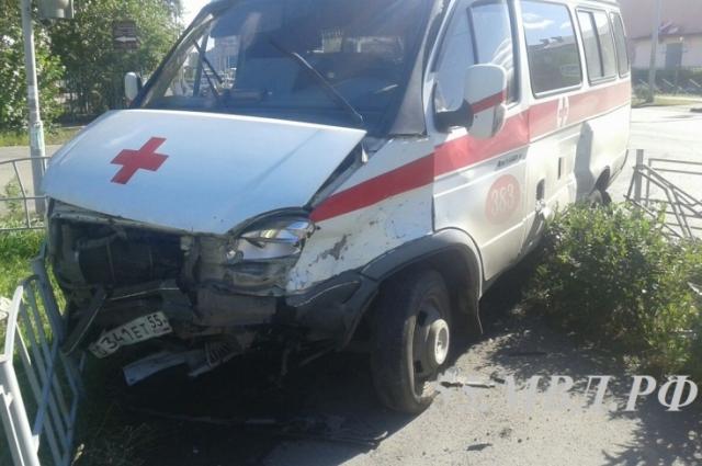 В аварии со скорыми виноваты оба водителя.