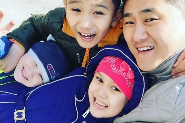 В семье Ким нет неродных детей.