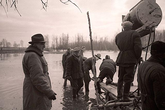 Съемки фильма Летят журавли, 1957 год