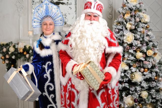 Супруги Бровковы в праздники дарят детям сказку и исполняют их мечты.