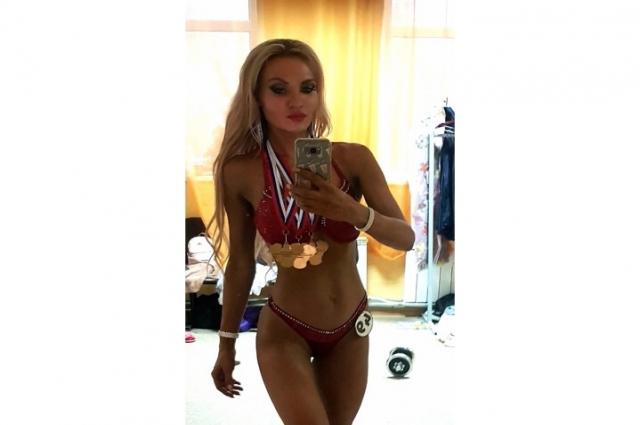 Недавно женщине присвоили КМС по фитнесу