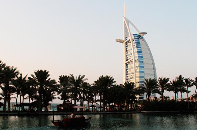 Дубаи.