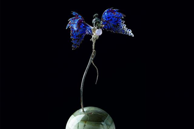 Мистическая работа «Ад и небо» олицетворяет дуальность человеческой природы.