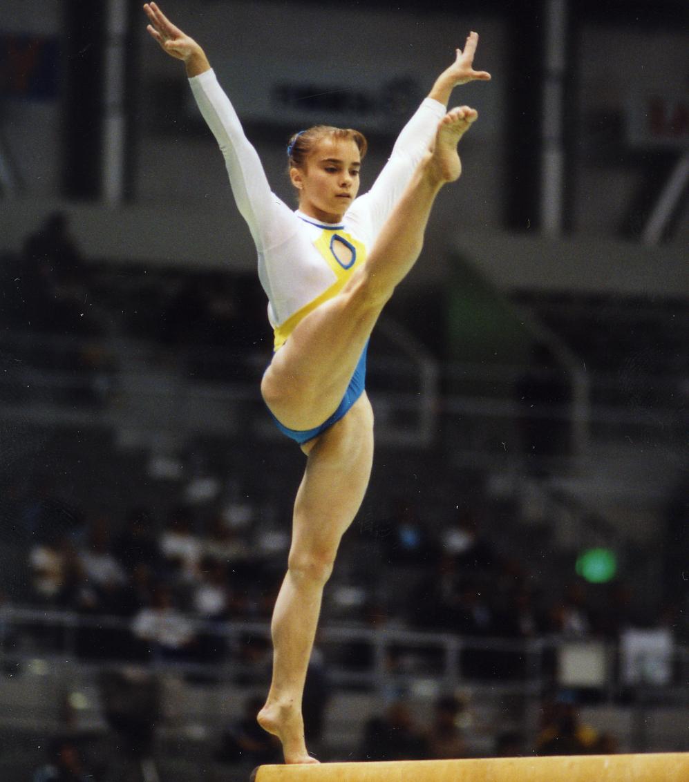 Лилия Подкопаева выиграла в Атланте-1996 три медали, в том числе, две золотых.