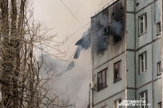 От пожара пострадали квартиры соседнего подъезда.