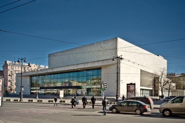 БКЗБольшой концертный зал «Октябрьский» в Санкт-Петербурге. 2011 год.
