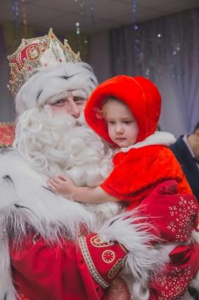 Дед Мороз посетит в Красноярске социальные учреждения, детский дом.