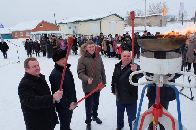 При Решетникове газ пришёл в 18 тысяч домов.