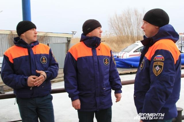 Спасатели Группы патрульной службы №2 инспекции по маломерным судам МЧС Ростовской области на посту круглые сутки.