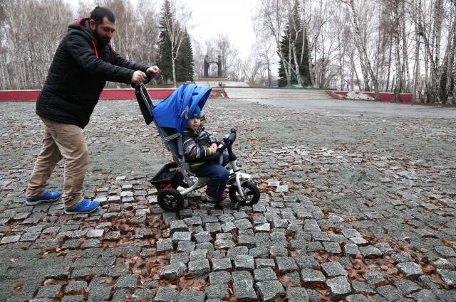Проехать по разбитым камням невозможно