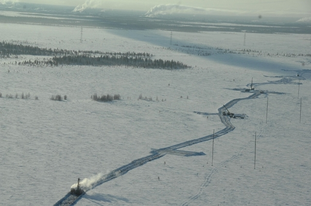 Зимник могут достигать несколько сотен километров