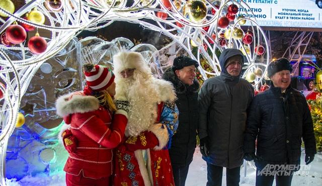 Те, кто не был на открытии новогоднего городка, еще смогут почувствовать атмосферу праздника в формате «Под открытым небом».