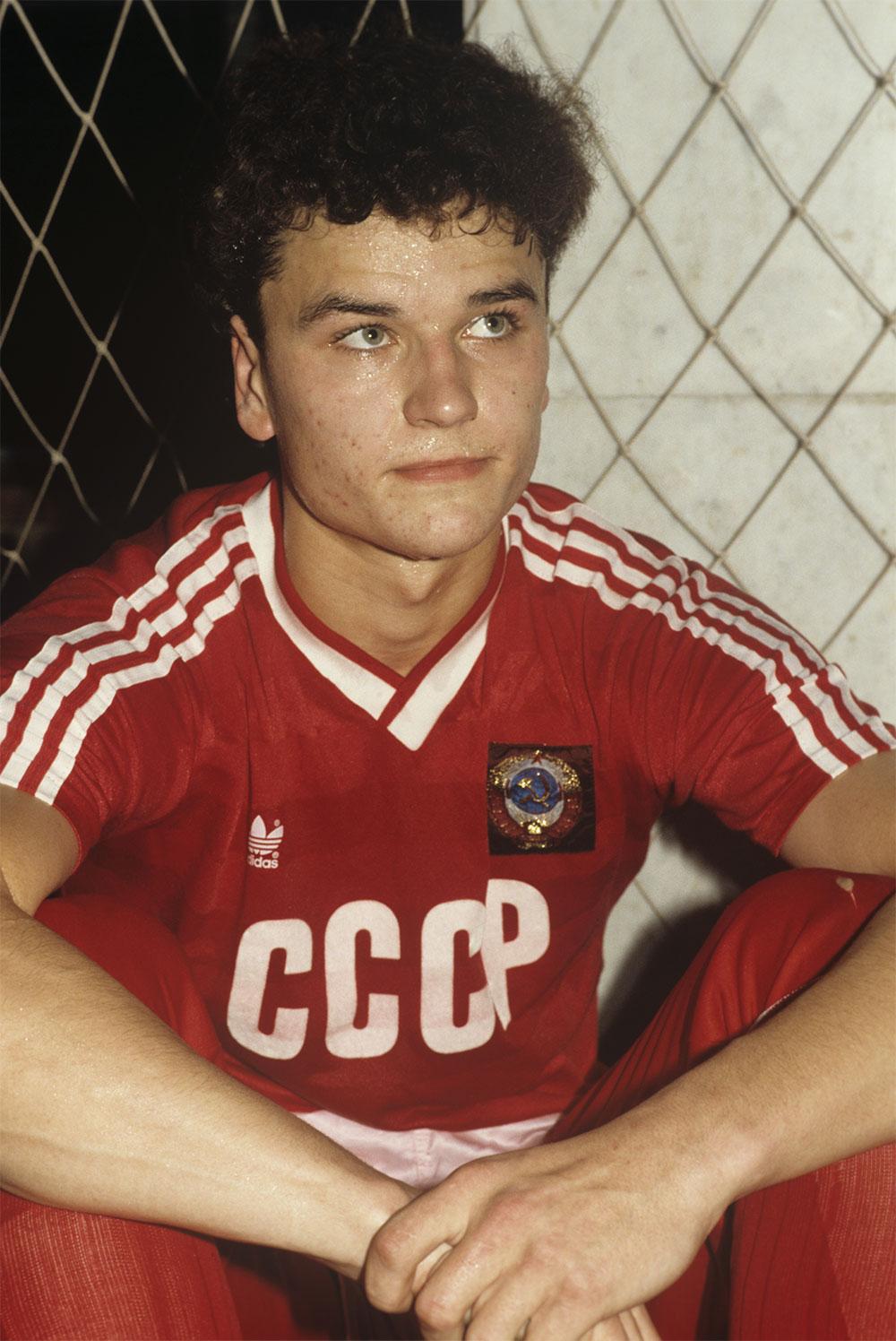 Yuri Nikiforov, midfielder of the USSR junior national football team.  1988 year