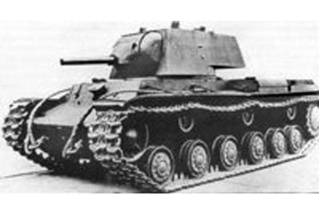 Танк КВ-1, 1940 год. На подобной бронетехнике экипаж Коновалова совершил свой подвиг.
