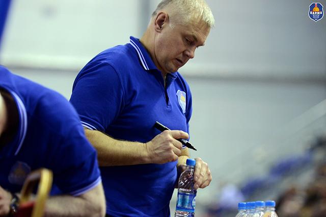 Врач пермского баскетбольного клуба Андрей Буторин.