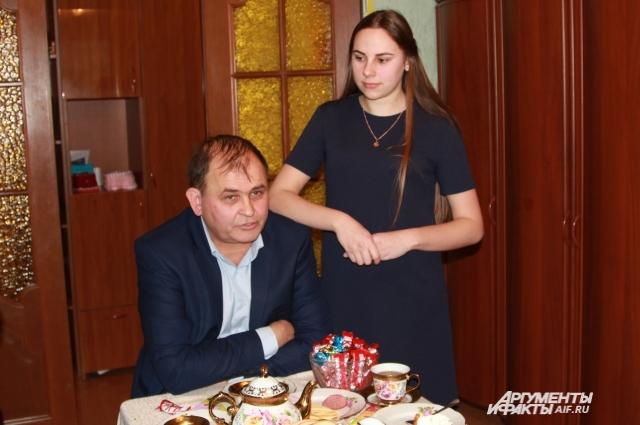 Семья Аришиных воспитывает Валерию уже десять лет.