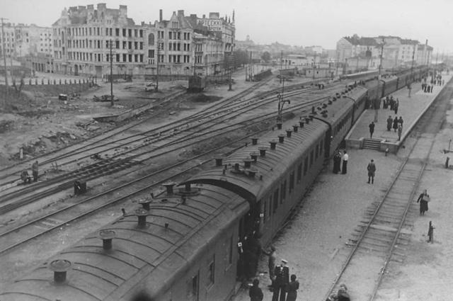 Вокзал Выборга в сентябре 1944 года.