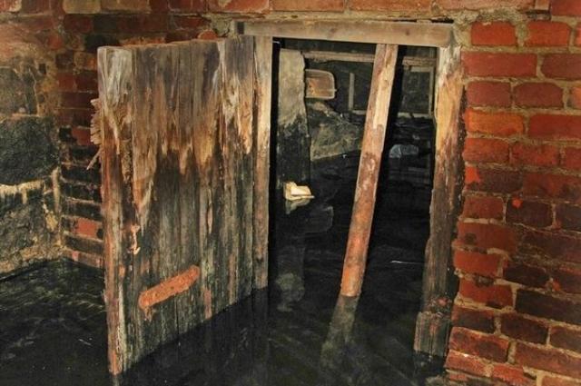 Подземелья городка сегодня затоплены.