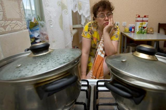 Смоляне месяцами живут без горячей воды.