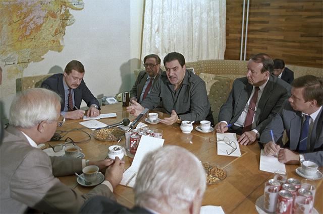 Президент Афганистана Мохаммад Наджибулла во время встречи с советскими журналистами в ноябре 1990 года.