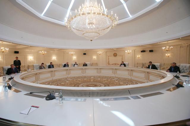 встреча Трехсторонней контактной группы по урегулированию конфликта в Украине в Минске