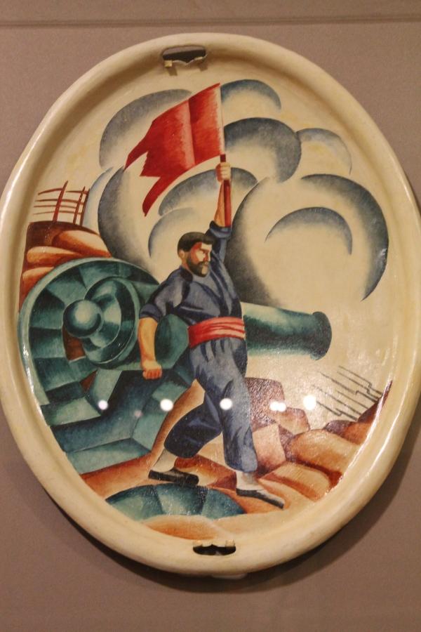 Практически все именитые художники и скульпторы страны того времени получили заказы.