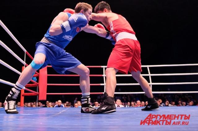 Мастер спорта международного класса пермяк Константин Богомазов выступал в категории до 64 кг.