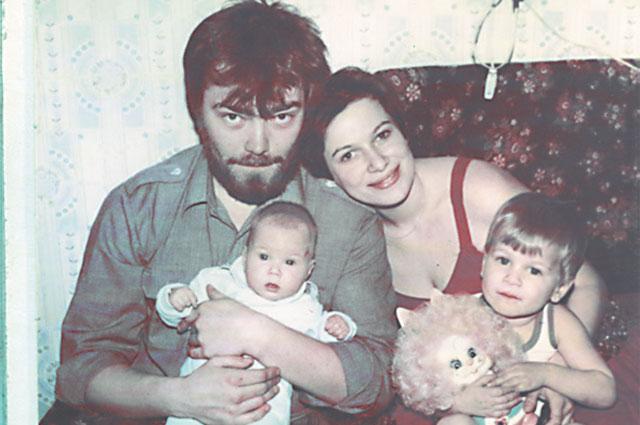 Когда мы начинали семейную жизнь, и мысли не было, что станем родителями 16 детей