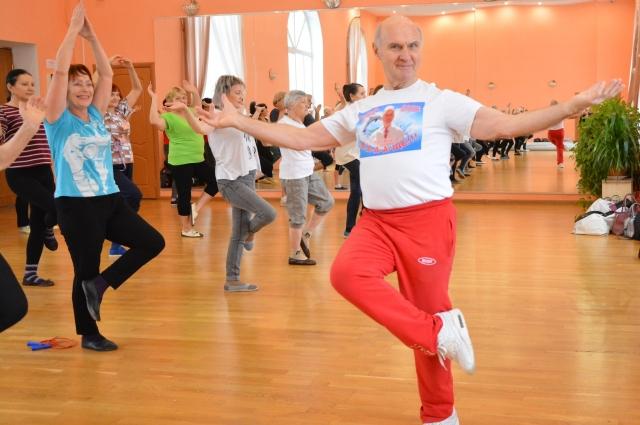 Валерий Владимирович тренирует силу духа с детства.