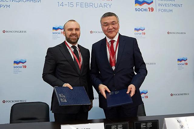 Гендиректор МегаФона Геворк Вермишян и глава Калмыкии Алексей Орлов.