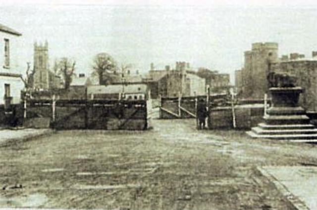 Блокпост британских войск на мосту Томонд. Апрель 1919 г.