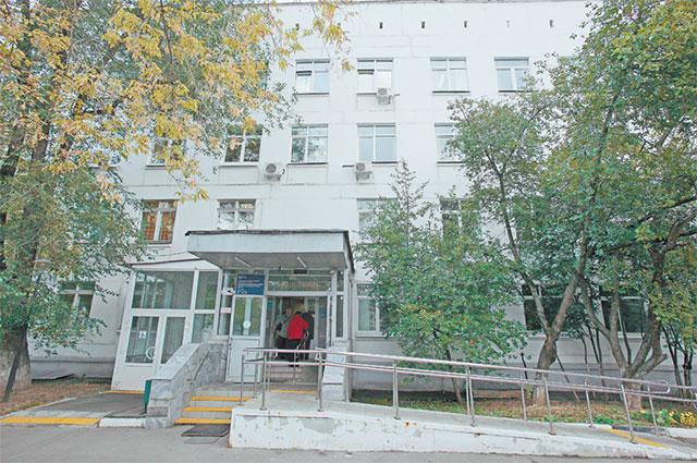 Фасад поликлиники будет основательно обновлён.