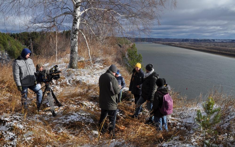 Участники проекта на месте Искера, столицы Сибирского ханства. Берег Иртыша.