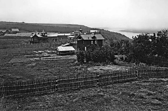 Дачный посёлок Мыза сначала был немноголюдным. Фото 1915 г.
