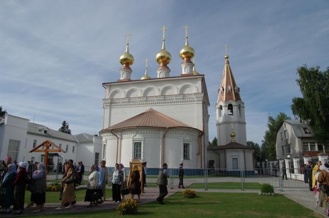 Мужской монастырь в честь Феодоровской иконы Божией Матери.