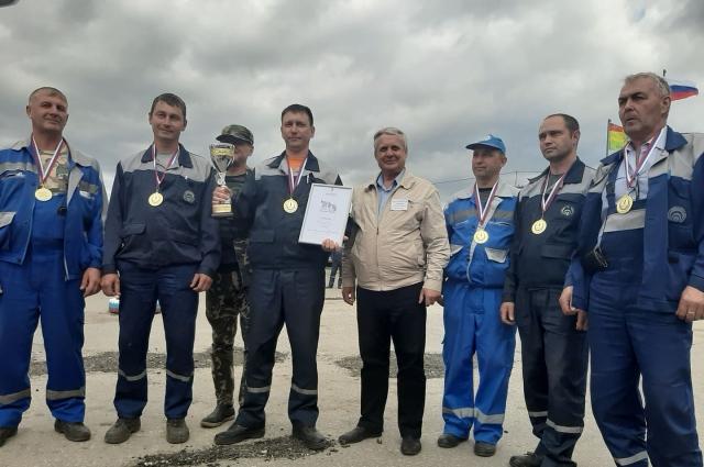 Команда победителей - сборная межрайгаза Новокуйбышевск