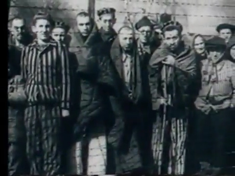 Кадр из фильма Освенцим 1945 года